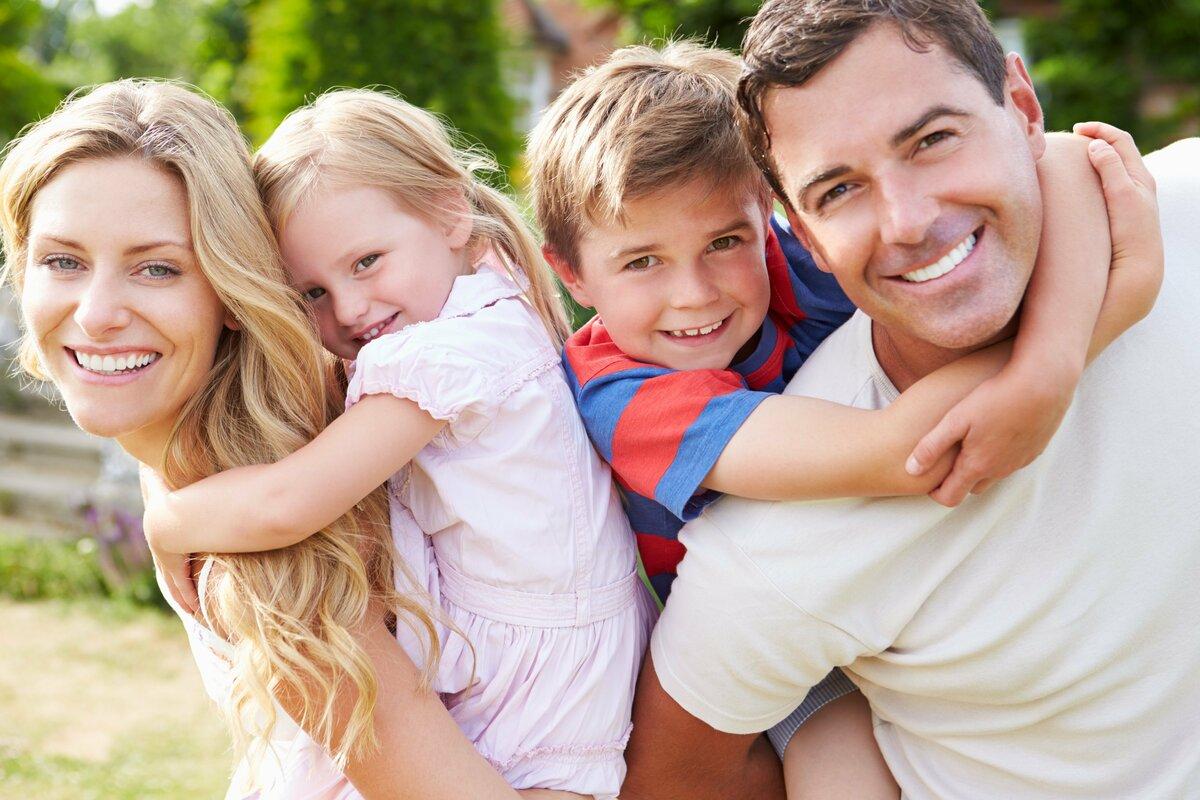Наступающим приколы, фото картинки семья