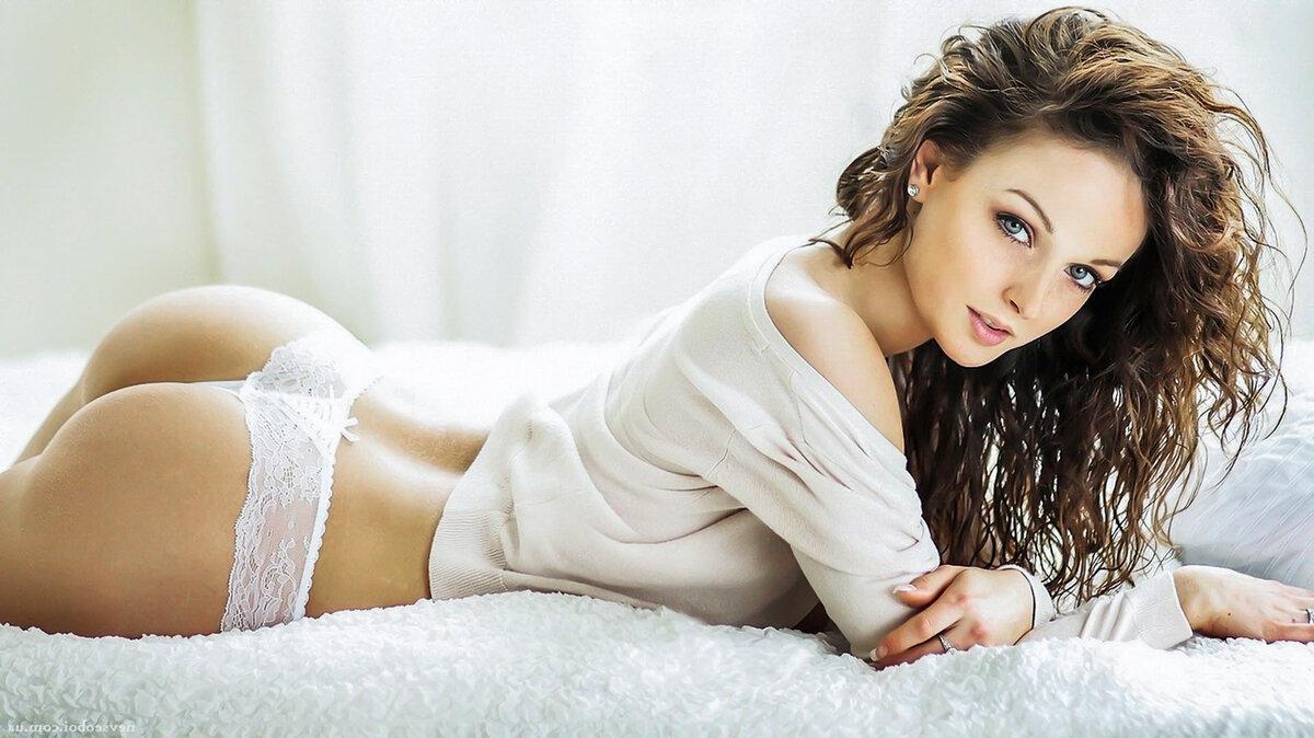 dasha-s-krasivoy-popkoy-foto-seks-znakomstva-sots-set