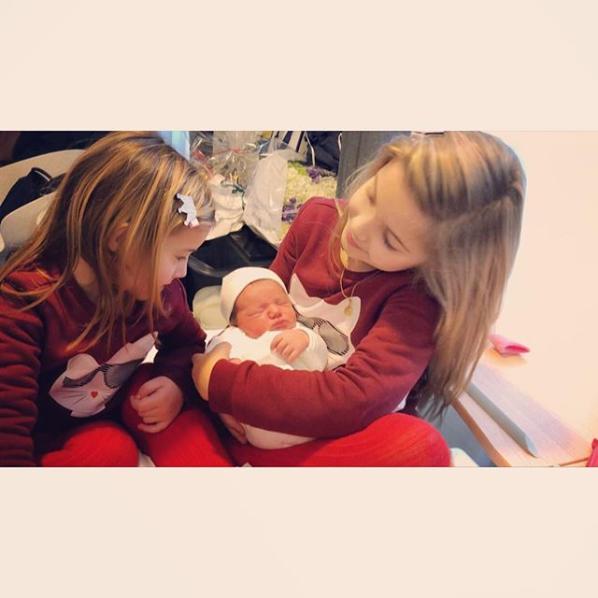 Screenshot 2019 01 11 Isabella Orsini de Ligne в Instagram «#goodmorning #sisters ❤️👶🏻❤️👶🏻 #purelove 😍❤️👶🏻 #princean[...]