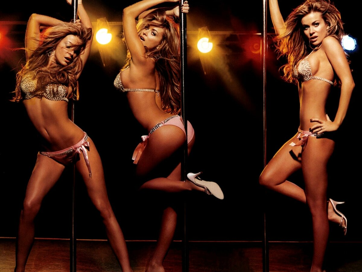 hot-girls-dancing-strip-club