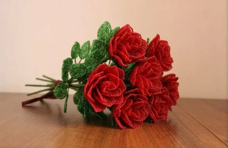 качество очень красивый букет роз из бисера свела воедино литературу