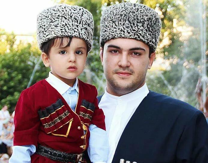 картинки мужские имена на азербайджанском французскому плетению