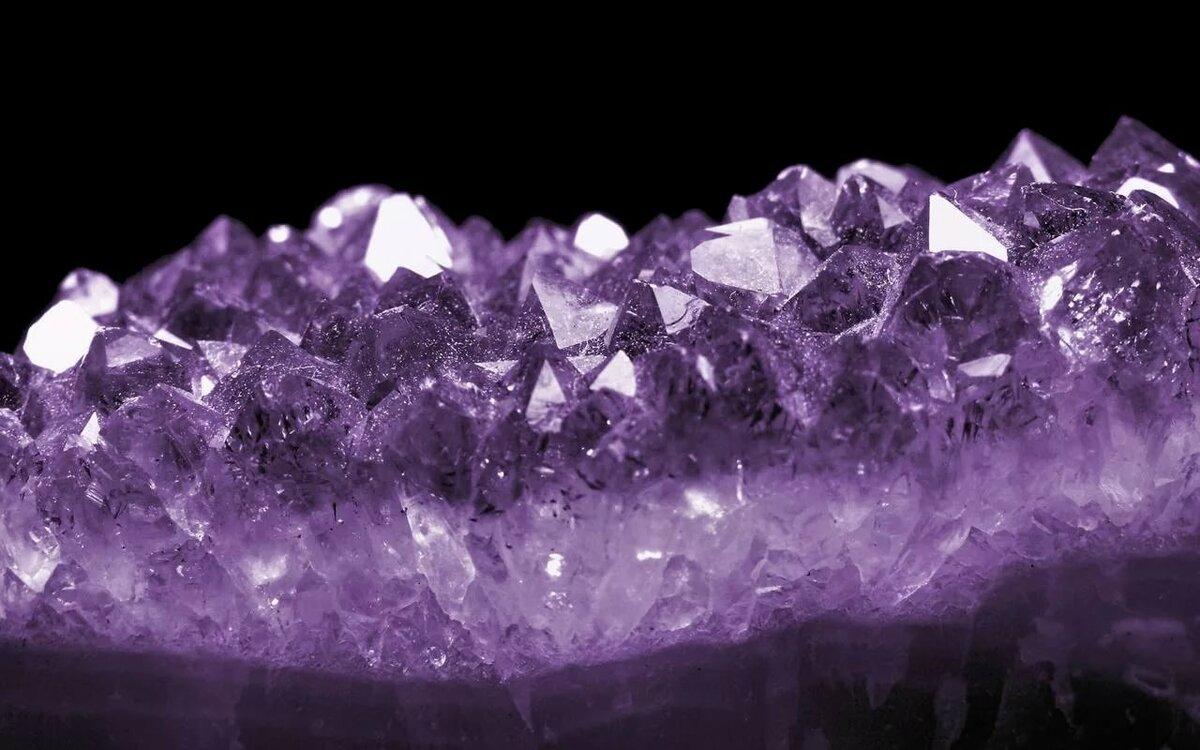 удобно, кристаллы с картинками своего
