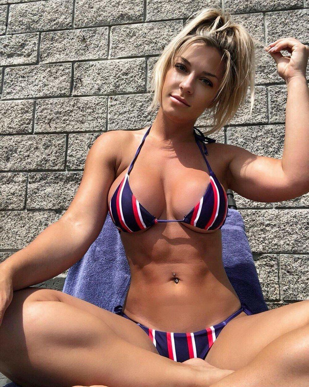 Порно фото бикини на ибице видео порно