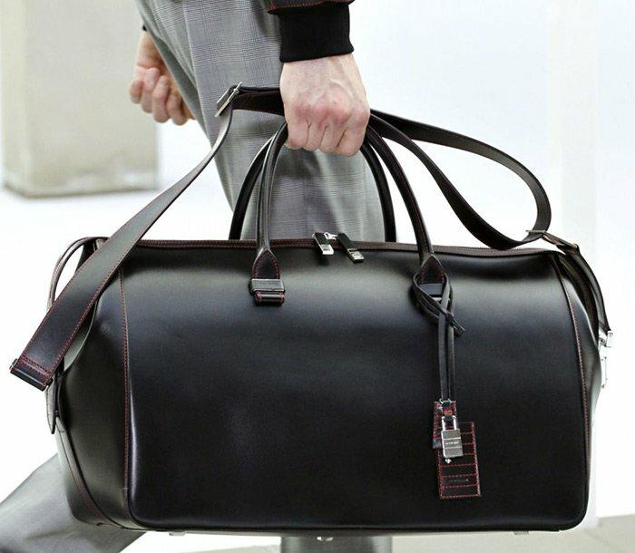 24acab36c810 Мужская сумка является достаточно стильным и полезным аксессуаром для любого  мужчины.
