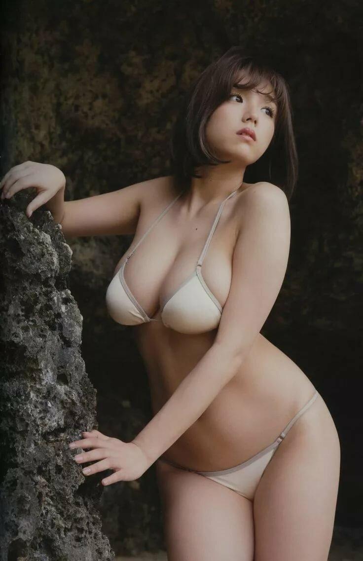 голая японка грудастая на картинках что если