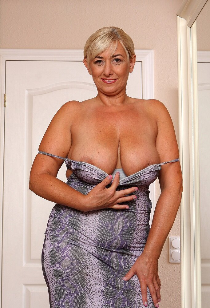 mature-model-gallery