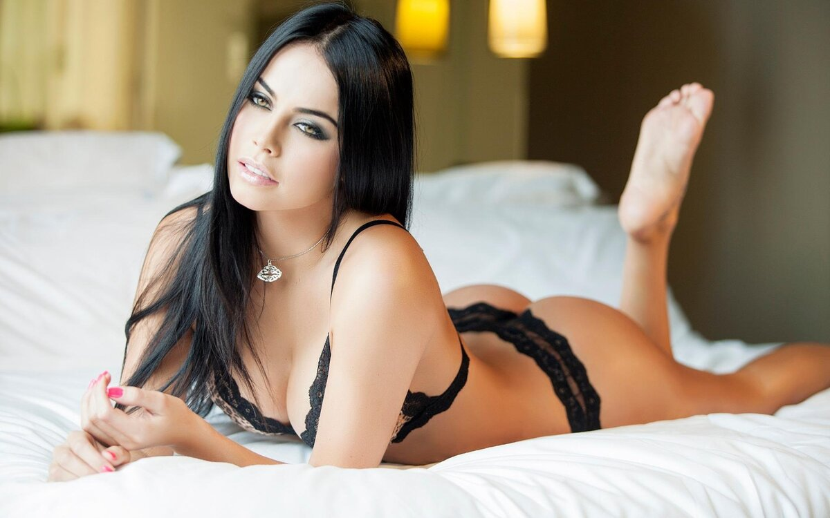 Sexy brunette girls — img 12