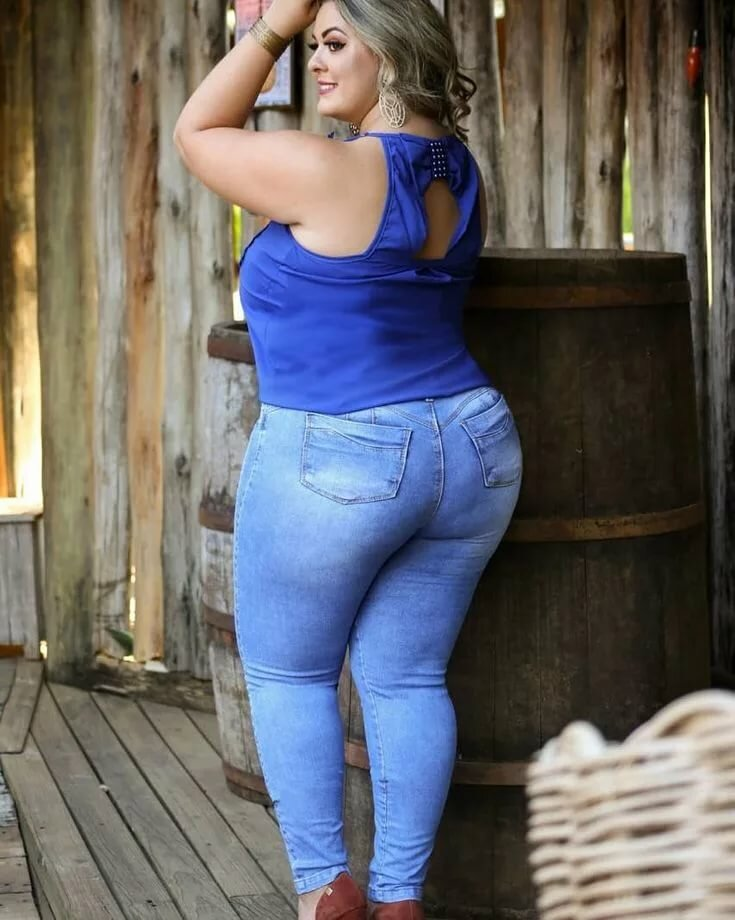 Pictures of chubby girls in jeans