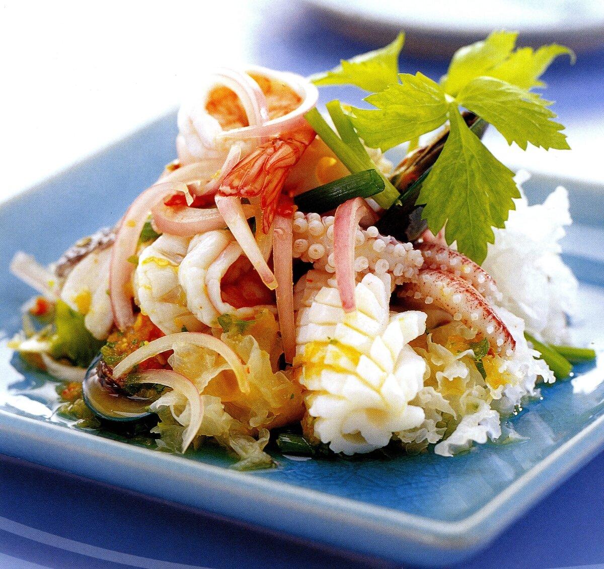 приняли это рецепт салатов из морского коктейля с фото смайлы привлекут внимание