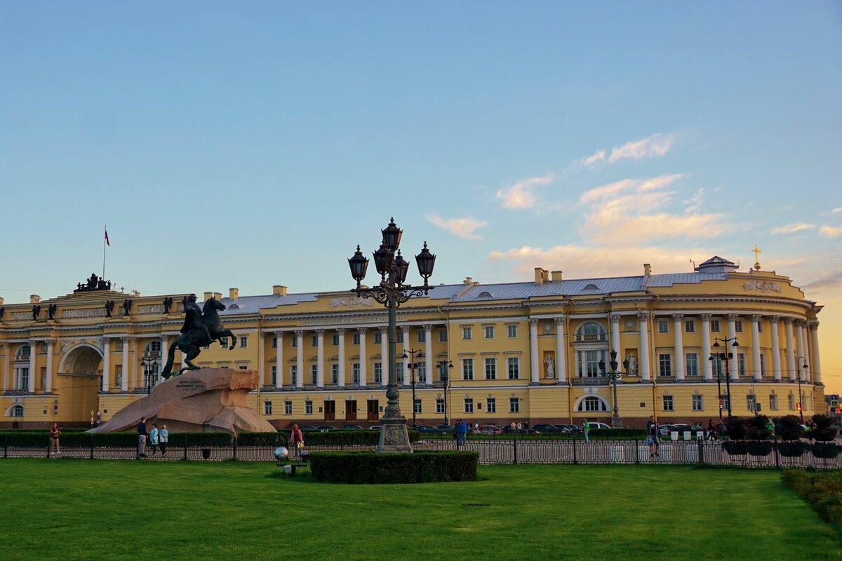 дворцовой и сенатской картинки картой любого дома