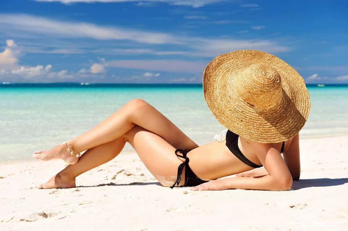 Супер фото девушек на пляже летом