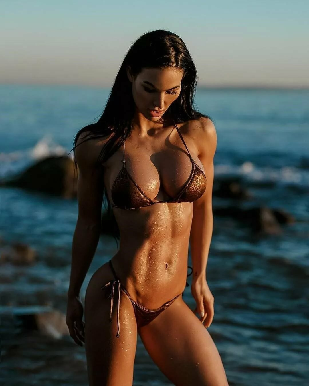 Fitness girls in bikini — photo 15