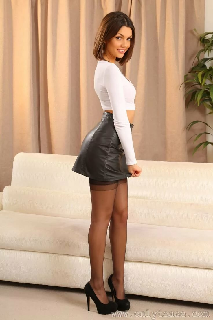 Porn black girls in mini skirts amateur cum shots