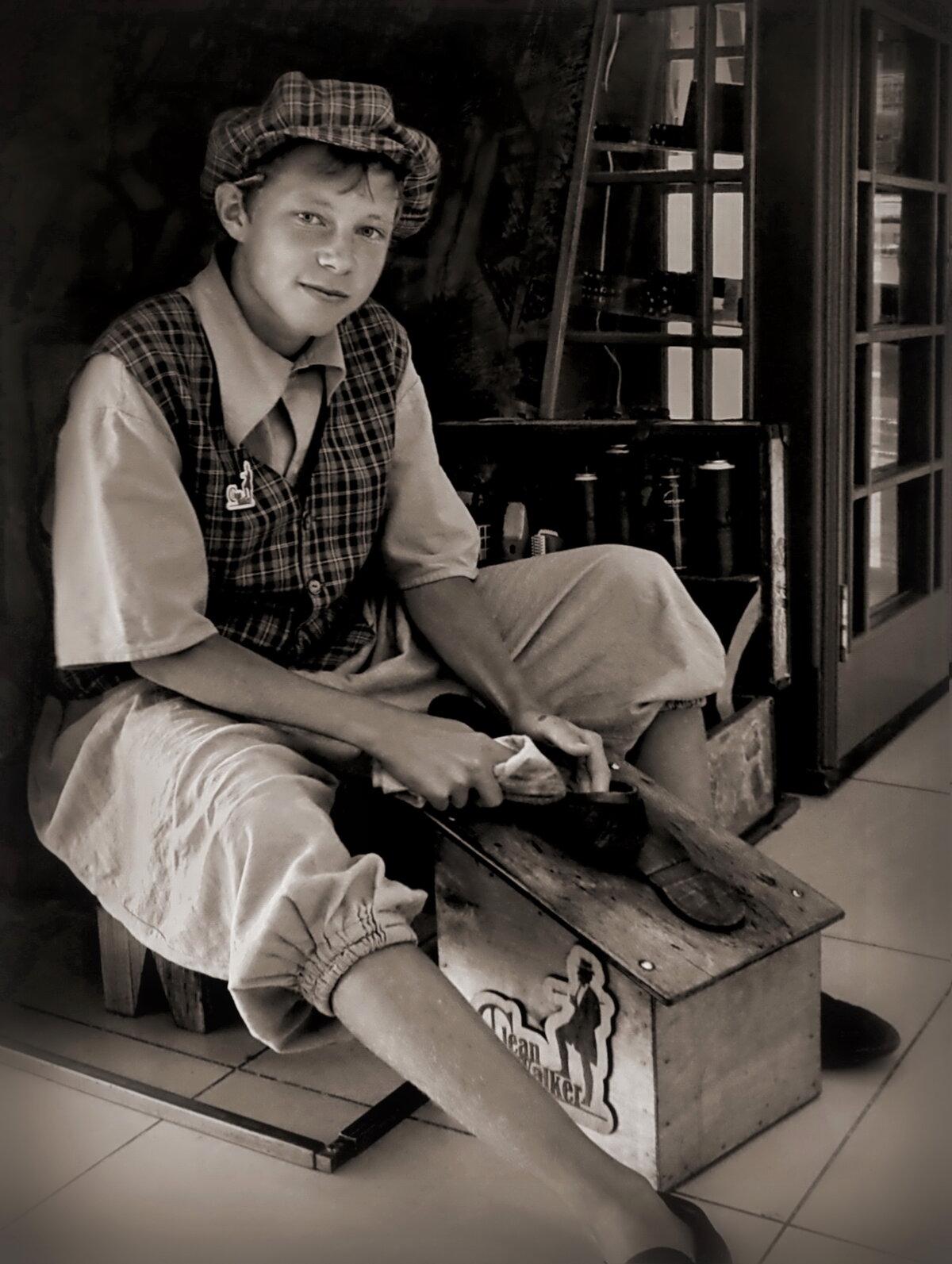 оперативно приехать фото чистильщик обуви гирлянды для