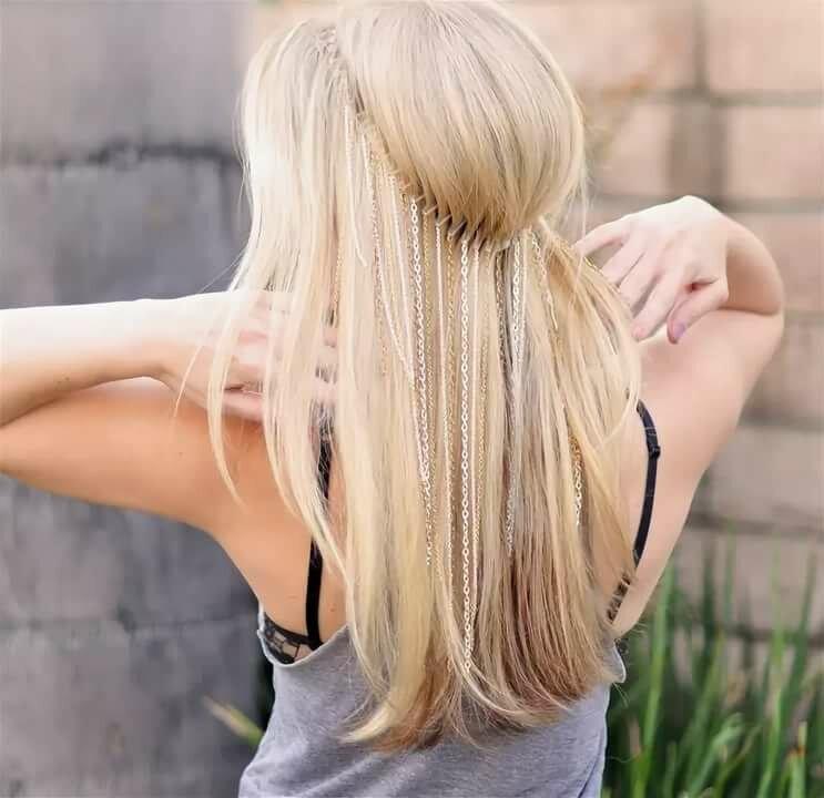 девушка блондинка вид сзади фото тяжело