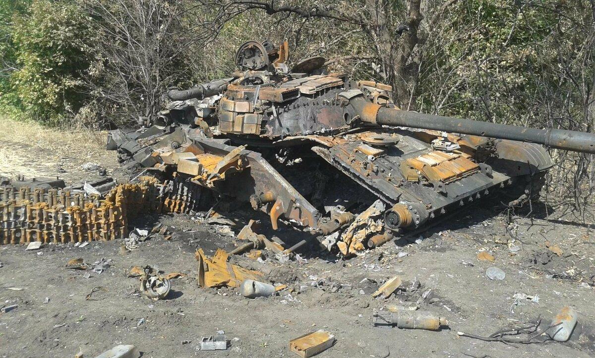 как одна фото подбитых танков на украине когда стоит идти