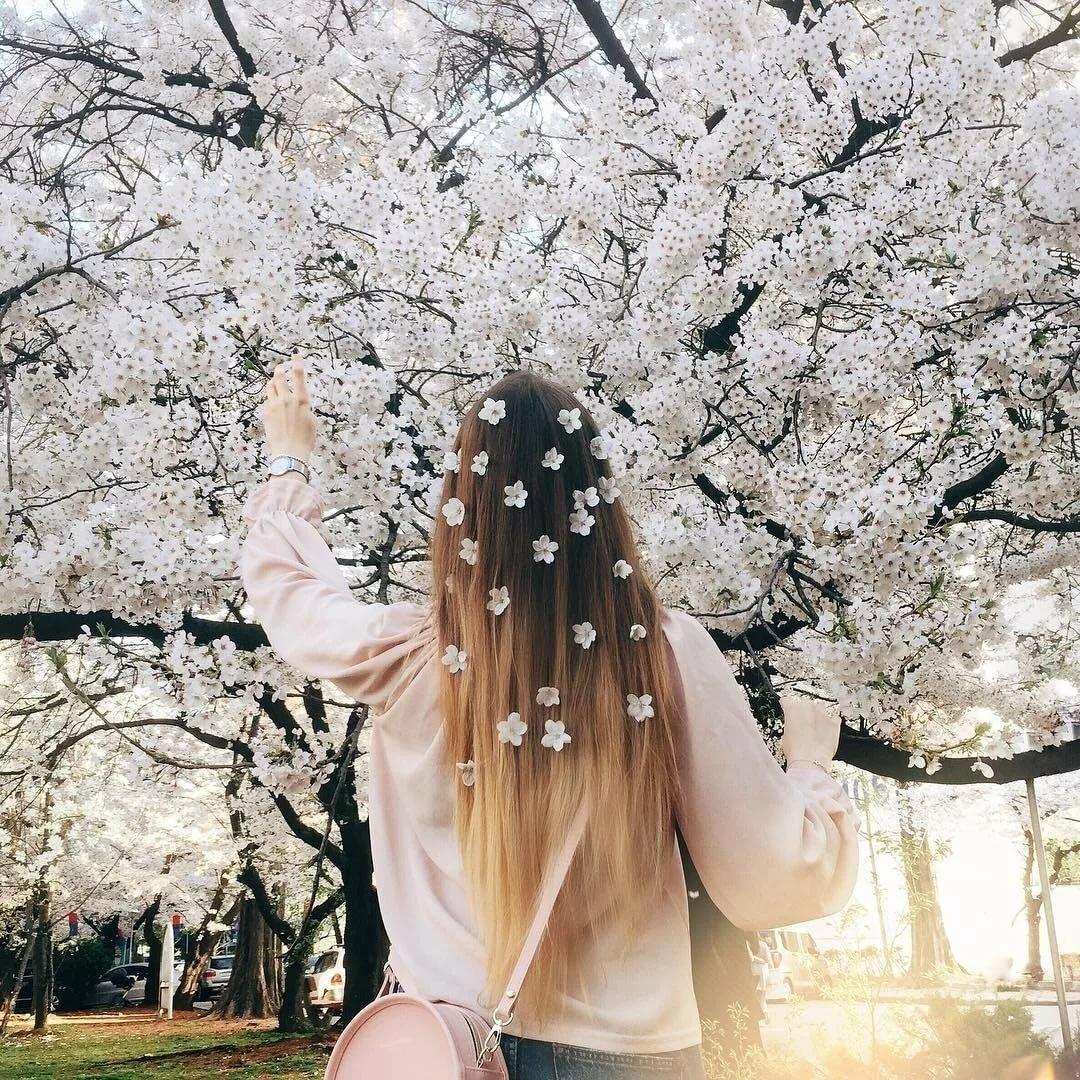 Картинки на аву для девушек весна без лица