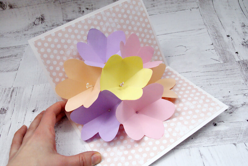 Именины, красивые цветы из бумаги для открыток своими руками для детей