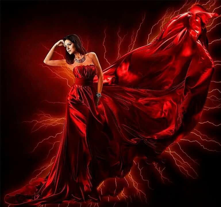 Гифка танцующая девушка в красном платье