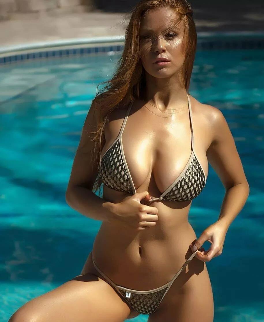 Nude Bikini Strip