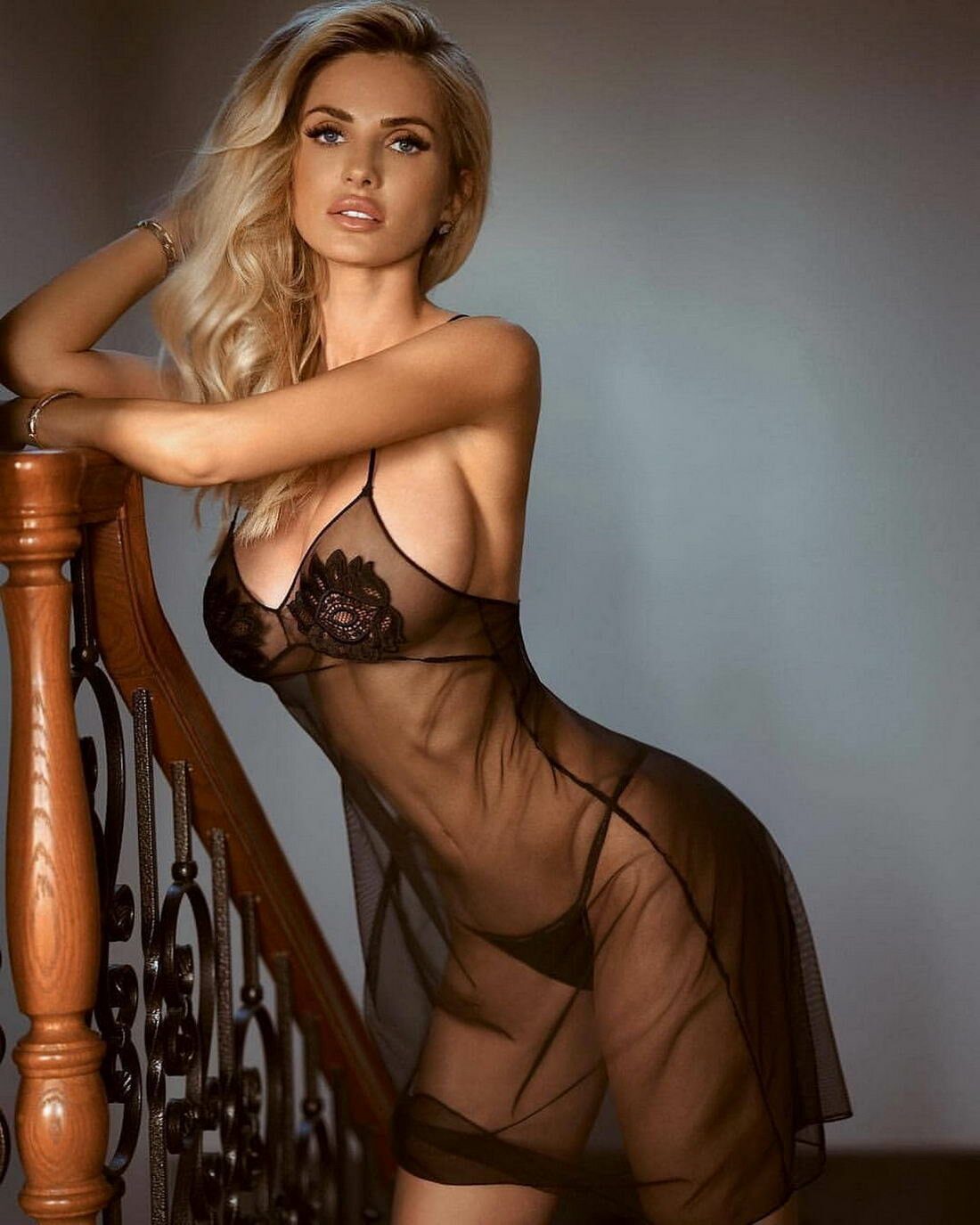 красавица картинки голая дойки