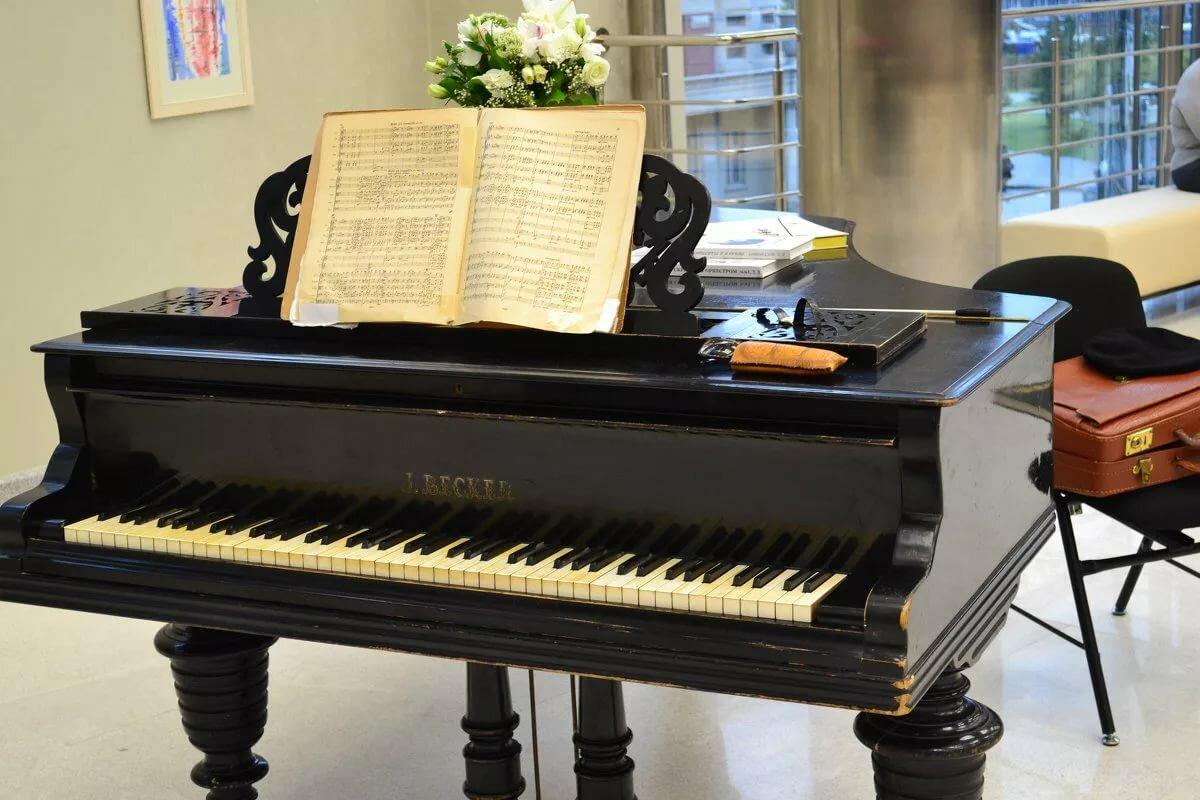 красивые картинки про пианино ночь
