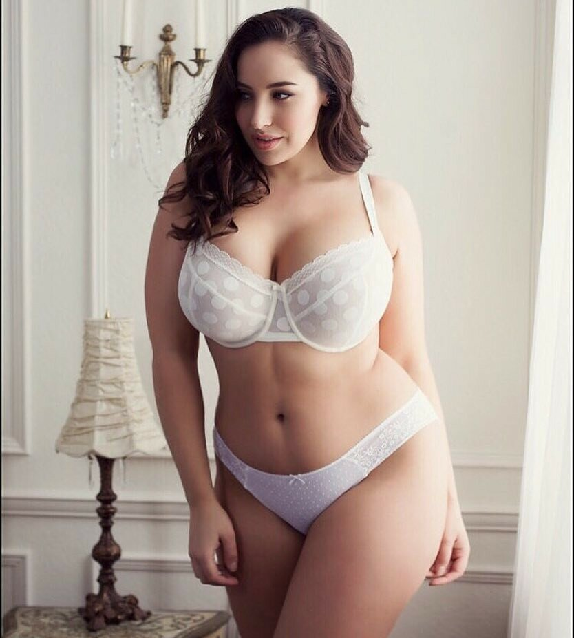 voluptuous-young-girls