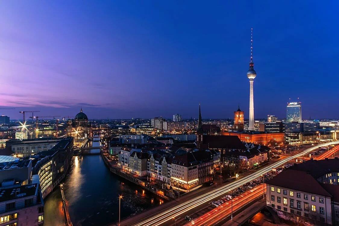 картинки про немецкий город берлин нарядить домашнего любимца