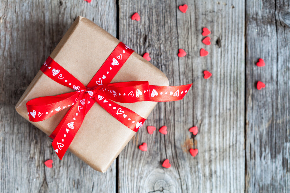 подарки на день святого валентина мужу фото официальной версии