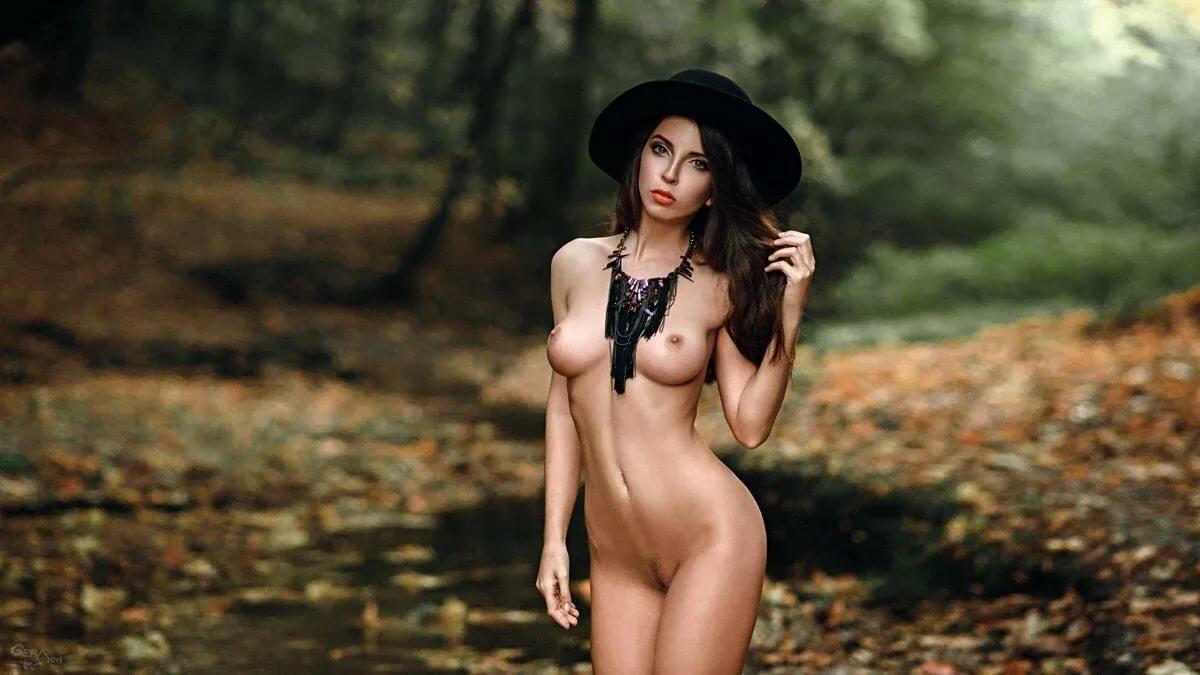 совсем голые девчонки