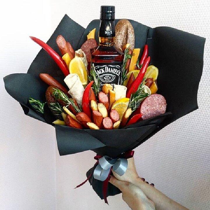 Букет из спиртного для мужчин