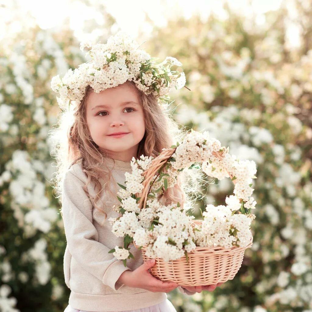 Самому, картинки девочка с цветами