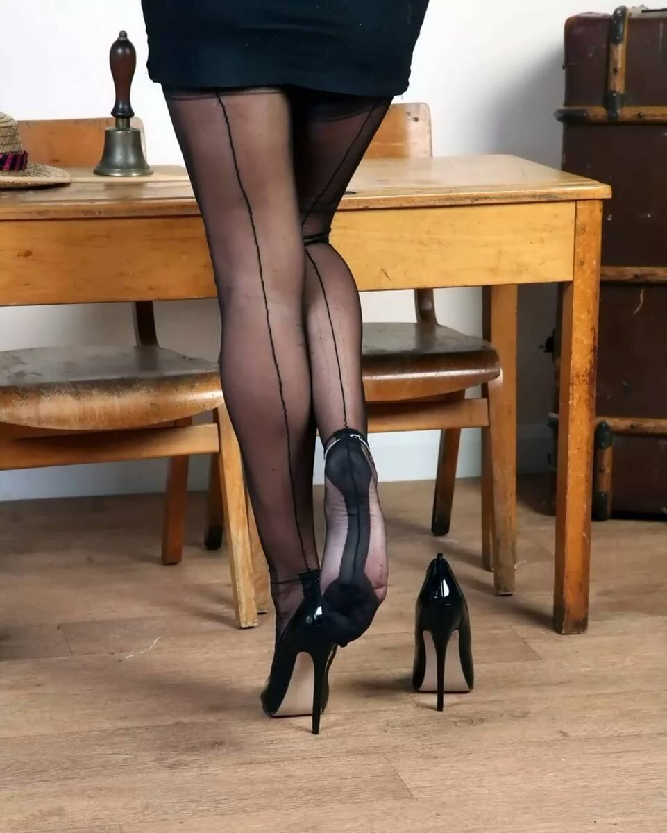 Free pantyhose high heels, cute indian girlsxsex fucking pictures