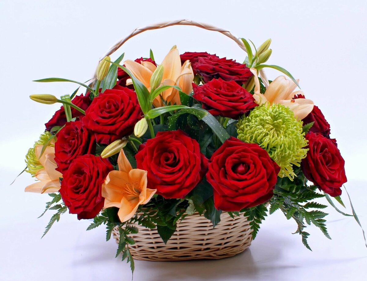 Открытка с букетами цветов