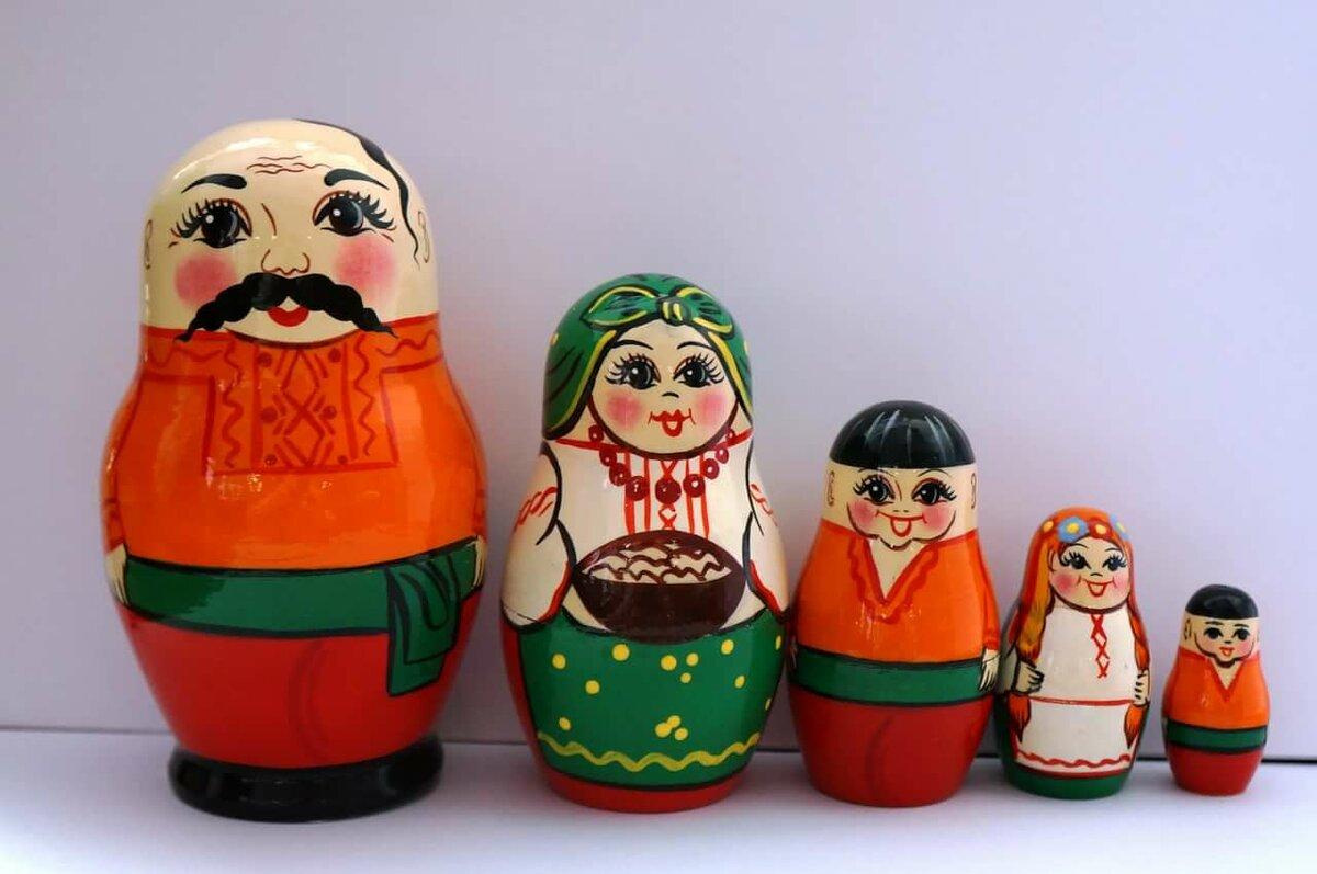 Картинки костюмов русские матрешки