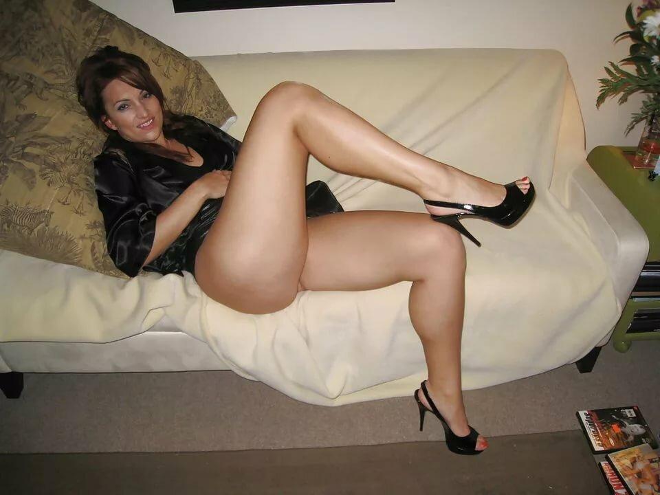 ноги красивой зрелой женщины любительское фото фото, полностью