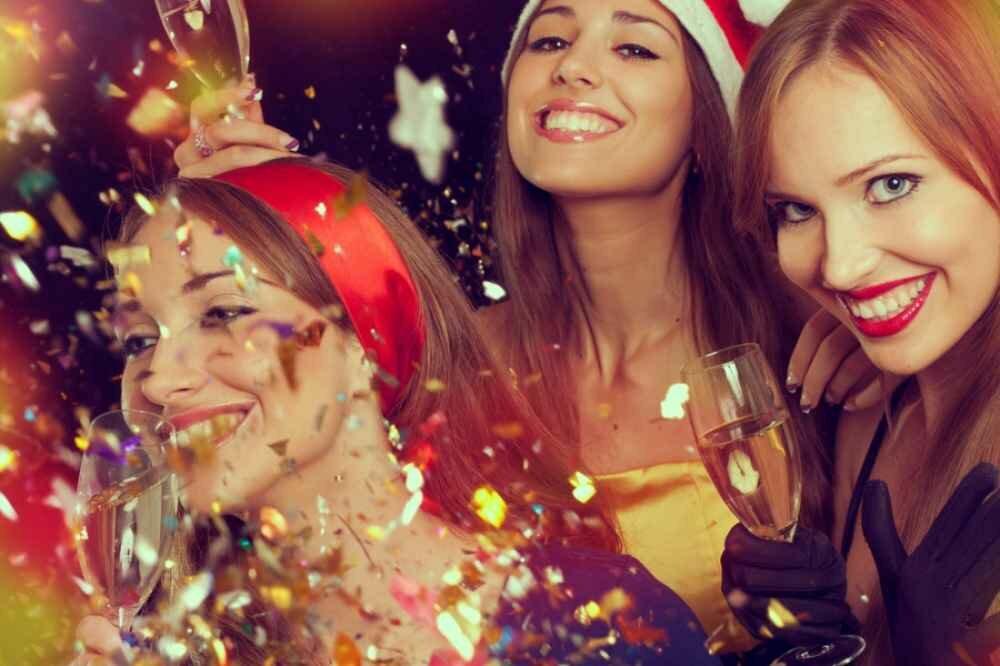 Картинки на новый год для подруги