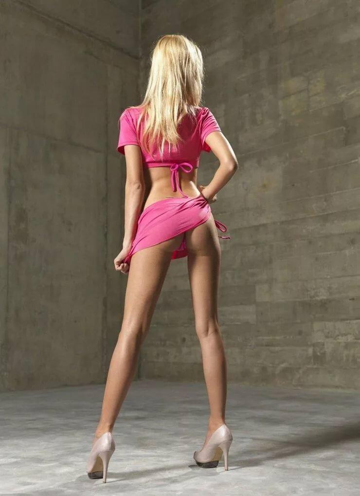 Худенькая блондинка онлайн 12