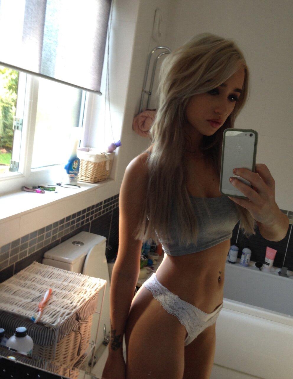 young-teen-self-pix-peek-a-boo-bikini-amateur-picture