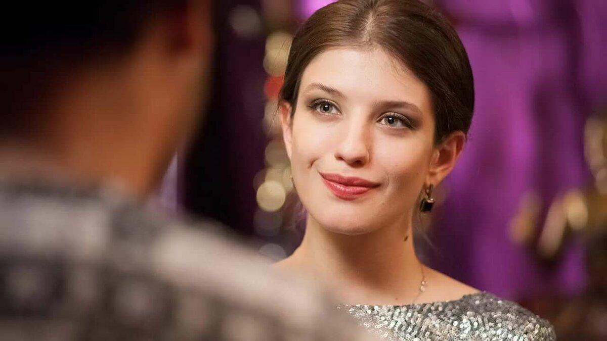Российская актриса фотку смотреть онлайн, видео девушки у доктора