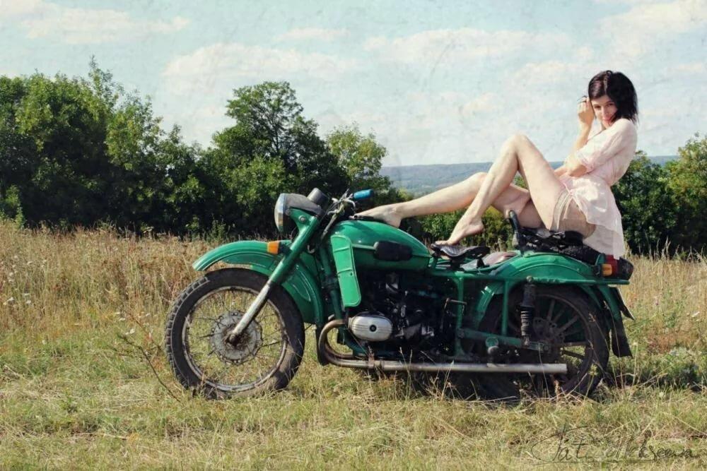 снова сжал онлайн на мотоцикле урал трахает бабу через шесть недель