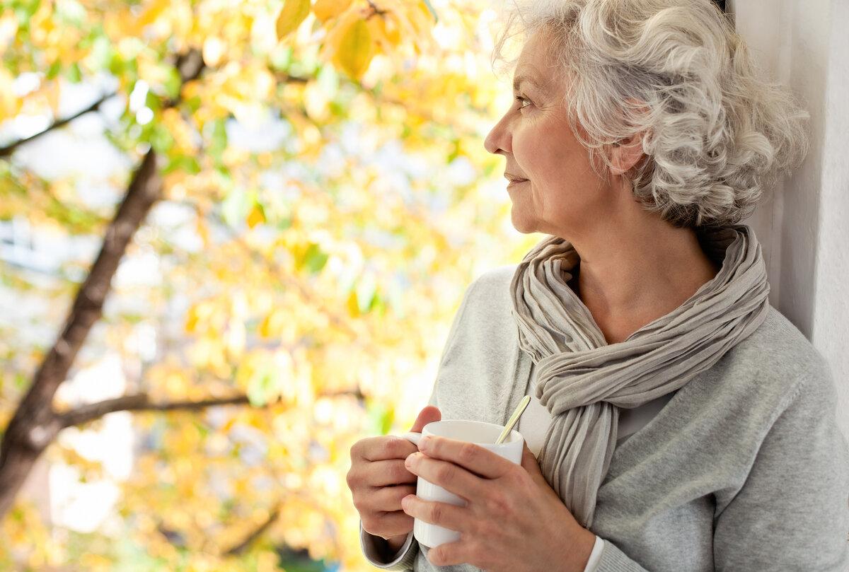 чем приятна пожилая женщина прогестерона