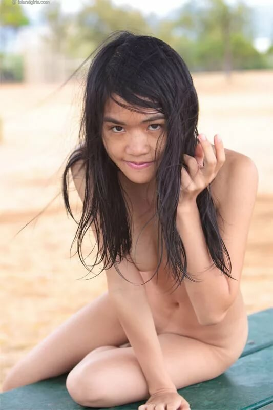 Topless french nude vietnamese girls free pictures