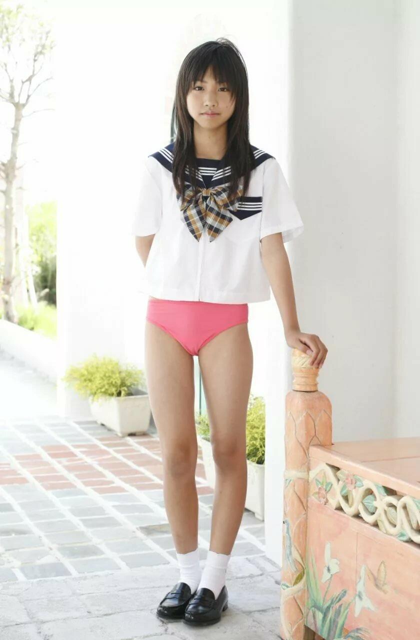 koriens-school-girls-nn-models