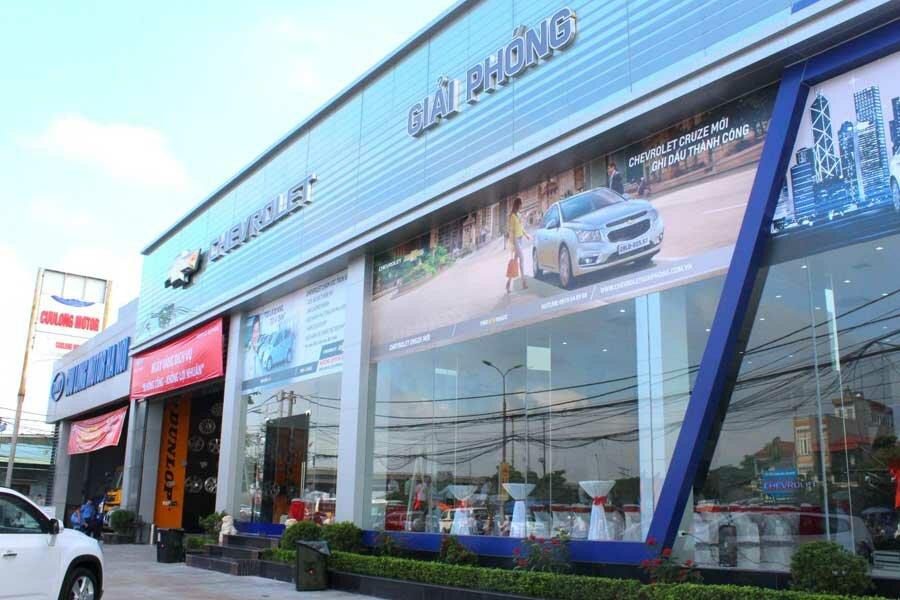 """CHEVROLET GIẢI PHÓNG - CHEVROLET QUẬN HOÀNG MAI - CHEVROLET HÀ NỘI  Chevrolet Giải Phóng là đại lý đạt chuẩn của Chevrolet toàn cầu với trang thiết bị hiện đại và được xây dựng trên diện tích 3200m2 nằm tại quận Hoàng Mai, thành phố Hà Nội. Hiện tại, Chevrolet Giải Phóng tọa lạc tại số 9 đường Ngọc Hồi, Phường Hoàng Liệt, Quận Hoàng Mai, Hà Nội.  👉 Xem thêm tại đây: https://dailyxe.com.vn/showroom/dai-ly-chevrolet-giai-phong-quan-hoang-mai-ha-noi-260h.html  Hiện nay Chevrolet Giải Phóng đã chính thức đi vào hoạt động đầy đủ với các chức năng của một đại lý 3S.  👉 Xem tiếp tại đây: https://trello.com/c/V18EKAca/11-chevrolet-giai-phong-chevrolet-quan-hoang-mai  Khu xưởng dịch vụ quy mô được trang bị nhiều thiết bị hiện đại nhằm đem đến sự chính xác và chuyên nghiệp nhất trong quá trình sử chữa, bảo dưỡng xe cho Khách hàng. Chevrolet Giải Phóng đã sẵn sàng để được phục vụ quý khách và cam kết sẽ đem lại chất lượng dịch vụ và cung cách phục vụ tốt nhất, chuyên nghiệp nhất với tôn chỉ hoạt động là """"Quý khách hài lòng, Chúng tôi hạnh phúc"""".  👉 Xem hình ảnh tại đây: https://www.scoop.it/t/gia-xe-chevrolet-colorado-mua-xe-chevrolet-colorado-tra-gop/p/4104633847/2019/01/14/chevrolet-giai-phong-chevrolet-quan-hoang-mai-chevrolet-ha-noi  Khi mua sắm tại Chevrolet Giải Phóng, quý khách hàng sẽ nhận được những dịch vụ ưu đãi như hỗ trợ trả góp qua ngân hàng, dịch vụ cứu hộ 24/24, bảo hành, bảo dưỡng, sửa chữa, đồng sơn bảo hiểm…  👉 Xem ngay: https://www.reddit.com/user/dailyxechevrolet/comments/aftgxm/chevrolet_giai_phong_chevrolet_quan_hoang_mai/  Đội ngũ nhân viên phòng dịch vụ và phòng kinh doanh được đào tạo chuyên nghiệp nên sẵn sàng tư vấn cho quý khách về mẫu xe phù hợp cũng như khi quý khách có nhu cầu sử dụng các dịch vụ sửa chữa, bảo trì xe tại showroom.  👉 Xem tiếp: https://twitter.com/giachevrolet/status/1084712093574545408"""