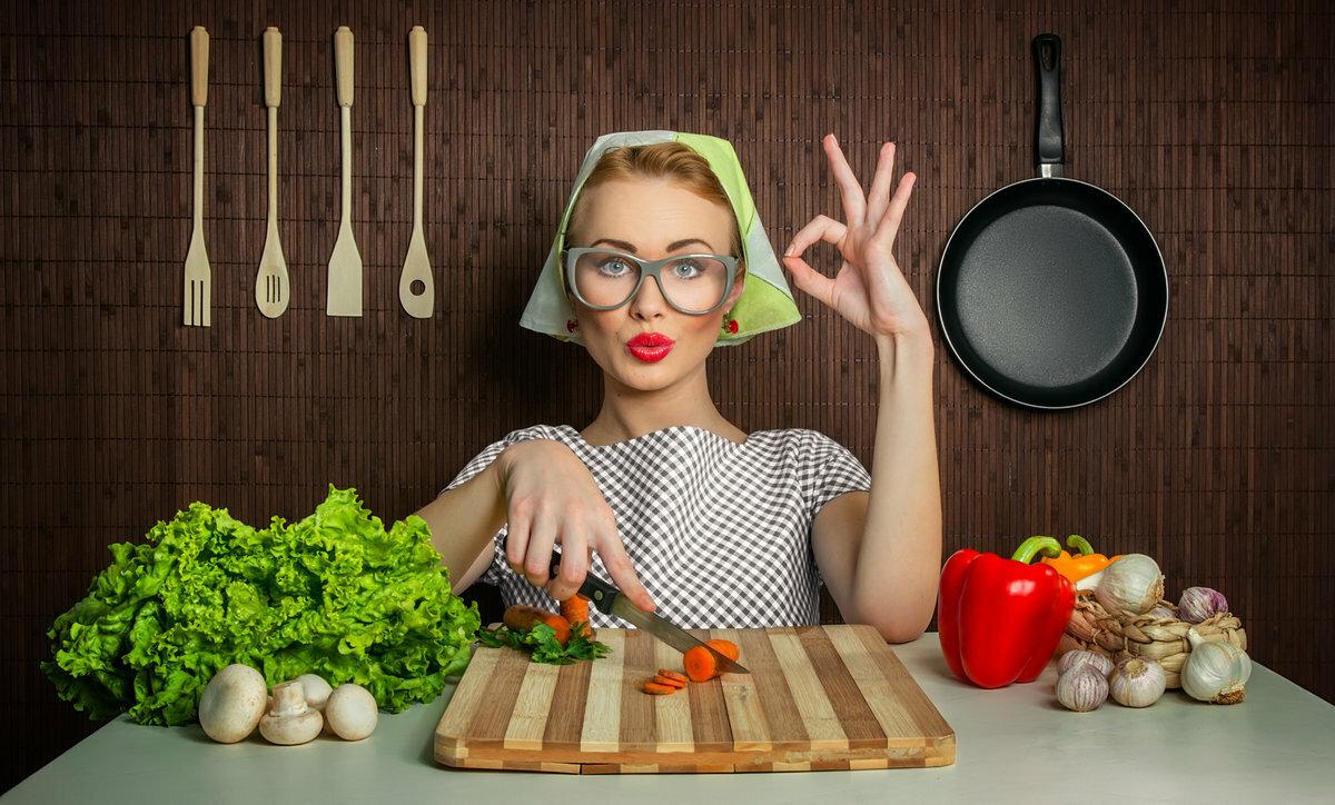 Урока изо, картинка прикол девушка готовить