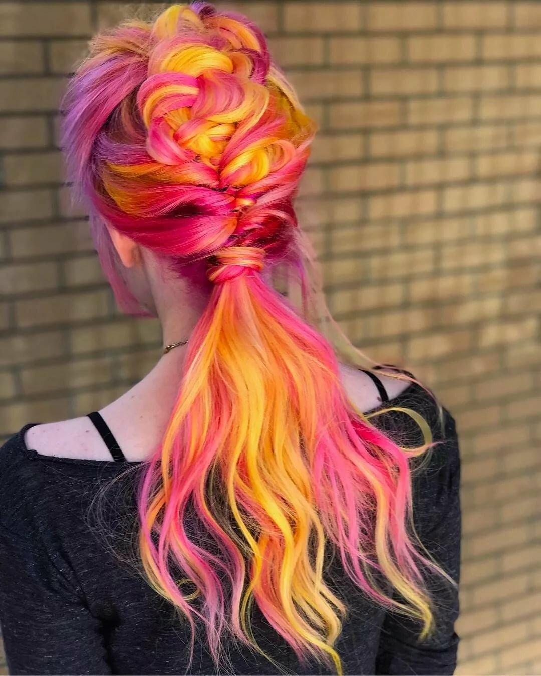 Длинные цветные волосы картинки