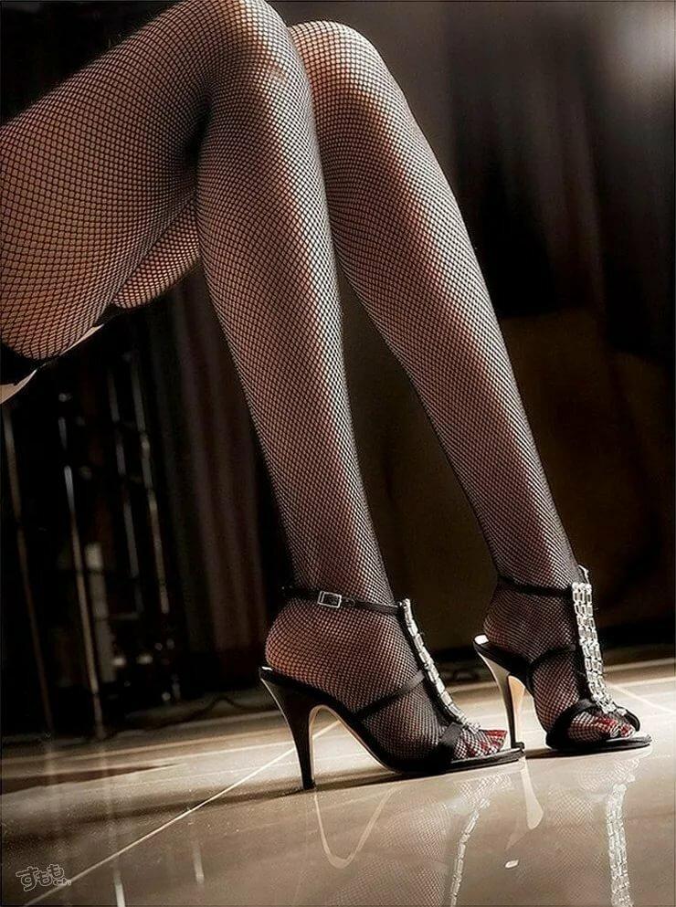 Хочу смотреть женские ноги, порно видео дом новое много