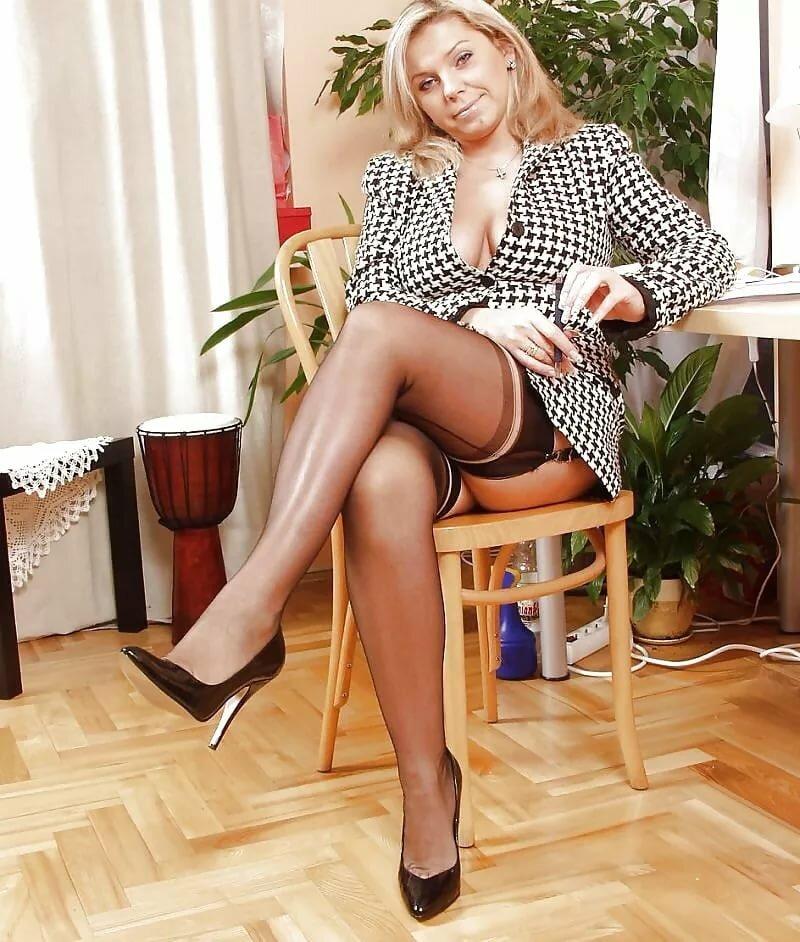 Фото галерея зрелых дам, смотреть порно мамки с большими сиськами